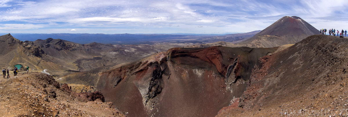 The Red Crater and Mt Ngauruhoe - The red crater with Mt Ngauruhoe in the background